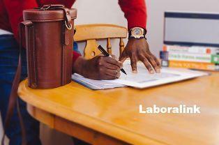 desistimiento de la prestación por desempleo o renuncia